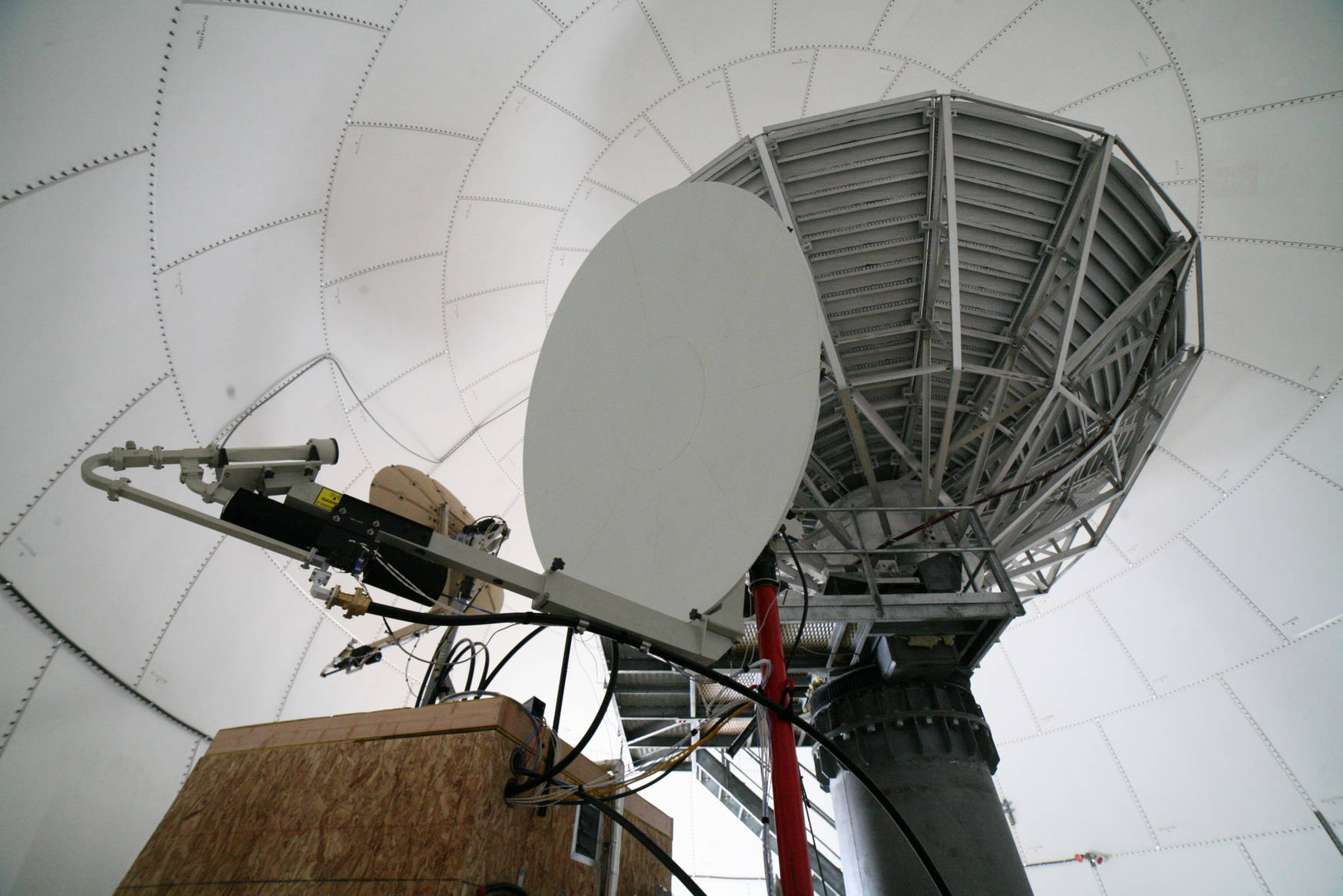 The Skynet and DSCS antennae (left), and the out-of-order 9m dish for future use (top right).